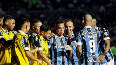 Photo of Grêmio vence Vasco por 3 a 1 e acorda no G-6